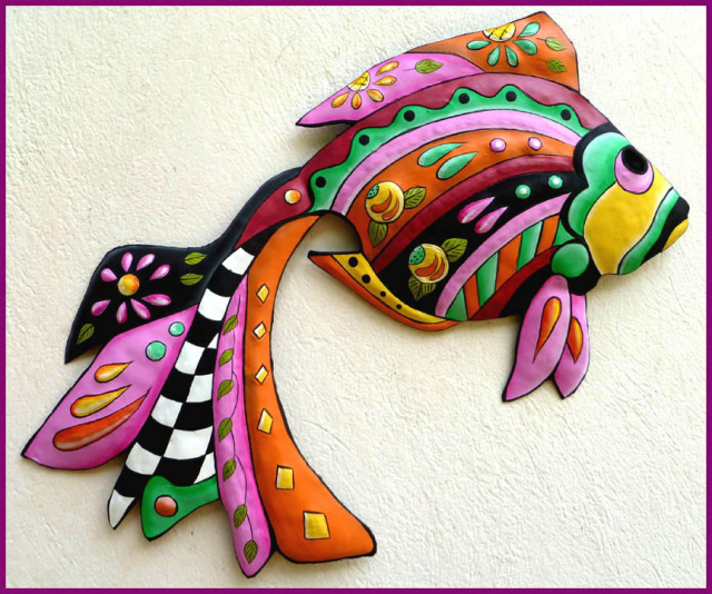 Hand painted metal tropical fish wall hanging. - Tropic Decor