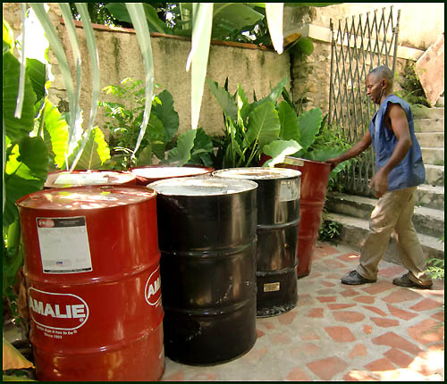 Recycled steel drums - Haitian metal tropical designs . - www.tropicdecor.com