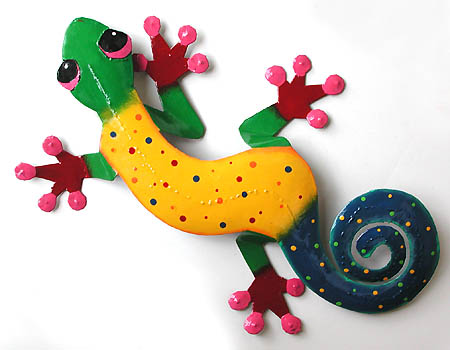 "Gecko Metal Wall Hanging - Hand Painted Metal Tropical Wall Decor - 11""x 19"""