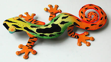 "Handcrafted Green & Orange Painted Metal Caribbean Gecko Wall Hanging - 8"" x 13"""