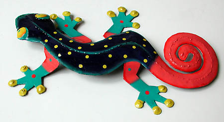 "Decorative Gecko Garden Wall Hanging - Painted Metal Tropical Design - 8"" x 13"""