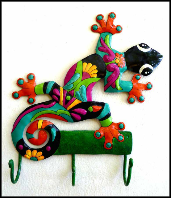 Painted Metal Gecko Wall Hook - Handcrafted Tropical Decor - Gecko Towel Hook
