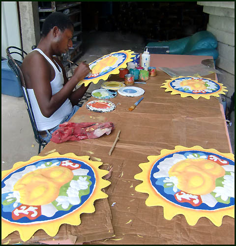 Haitian artist - Painting tropical metal art - Haitian steel drum art. . - www.tropicdecor.com