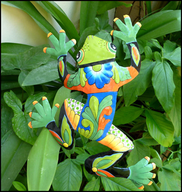 Garden decor - Frog plant stake. Hand painted meta frog